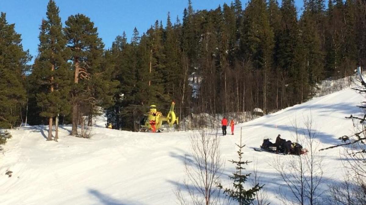 En kvinne ble fløyet til Oslo universitetssykehus med luftambulansen etter en skiulykke på Gaustablikk fredag ettermiddag.