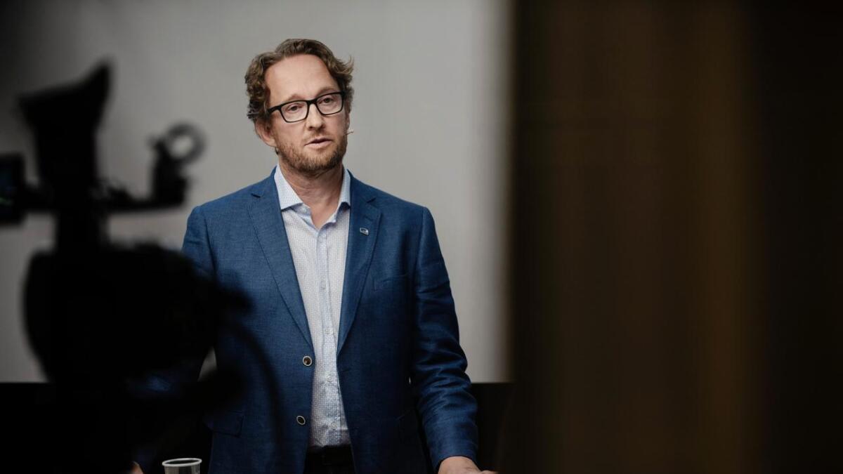 Ordførarkandidat Bård Heio (H) kritiserer ordførar Tor Haraldset (BL) for dårleg økonomistyring.