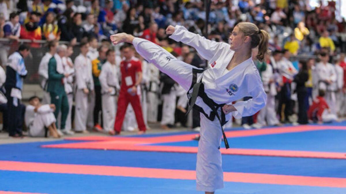 Selma Øen Li har ei solid medaljesamling heime frå juniorkarrieren. No har ho også fleire seniormedaljar.