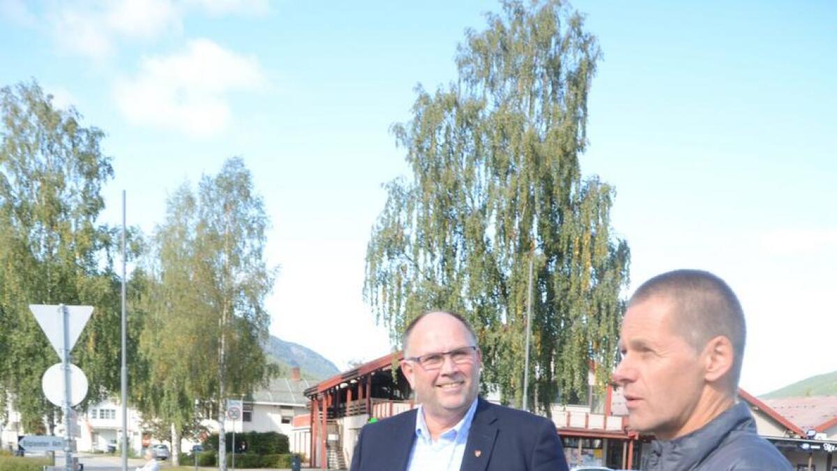 Den nye toppduoen i Nes-politikken, ordførar Tore Haraldset, til venstre, og varaordførar Geir Olav Garthus.
