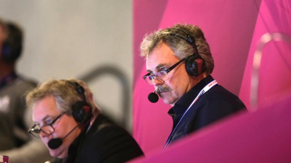 Harald Bredeli med sin faste TV2-makker og ekspert Bent Svele (t.v.).