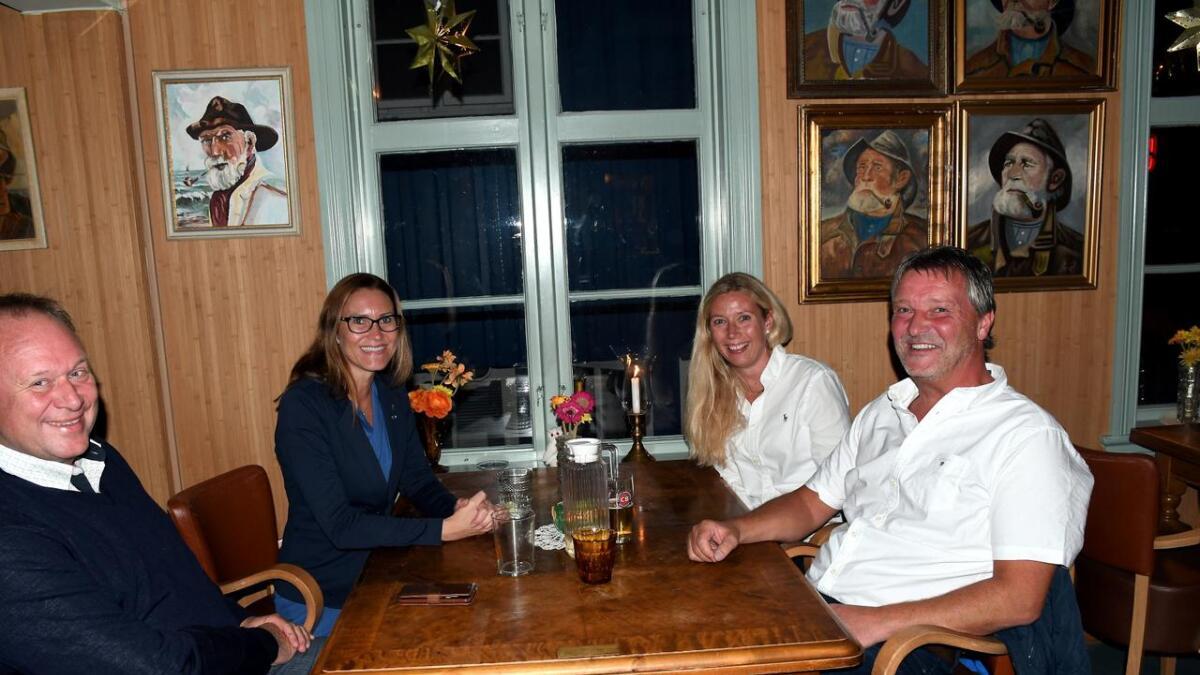 Beate Skretting og resten av Høyre-folket kunne smile for svært gode tall mandag kveld.