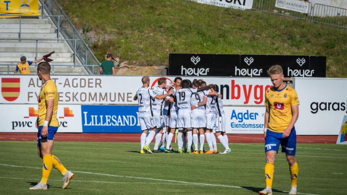 Jerv tapte 0-2 for Sandefjord søndag. 0-1-scoringen kom etter straffespark, der Jerv mente at de burde hatt frispark i forkant.