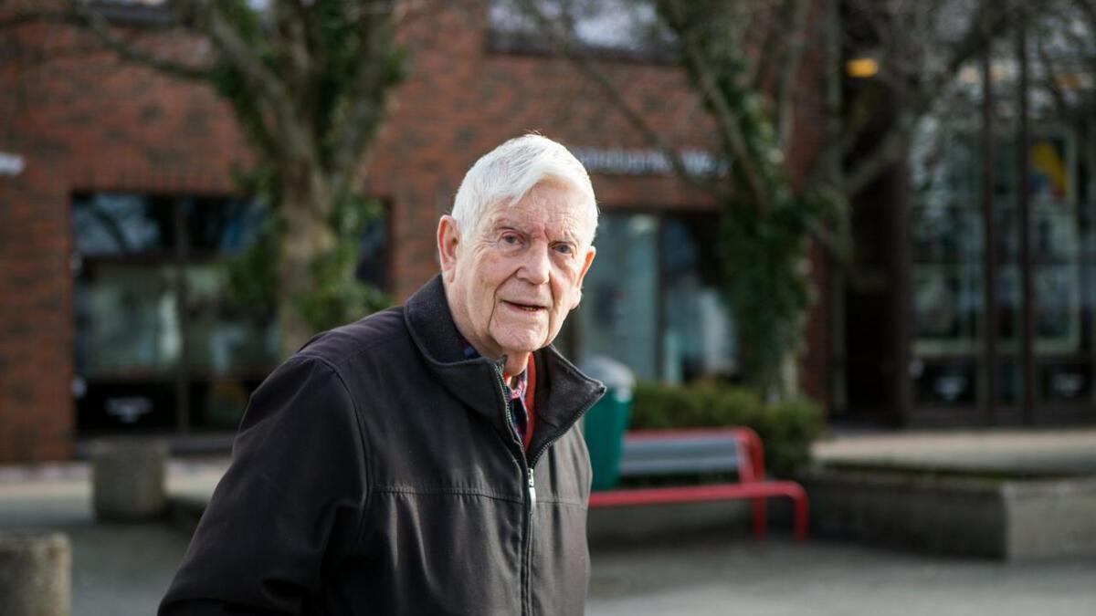 «Jeg håper noen fra partiet Rødt fikk sett programmet», skriv Fredrik H. Fladmark.