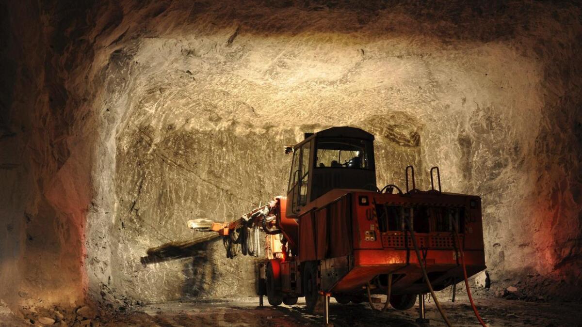 Ta bilder som viser råstoff som her fra Norcems gruver.         Arkiv