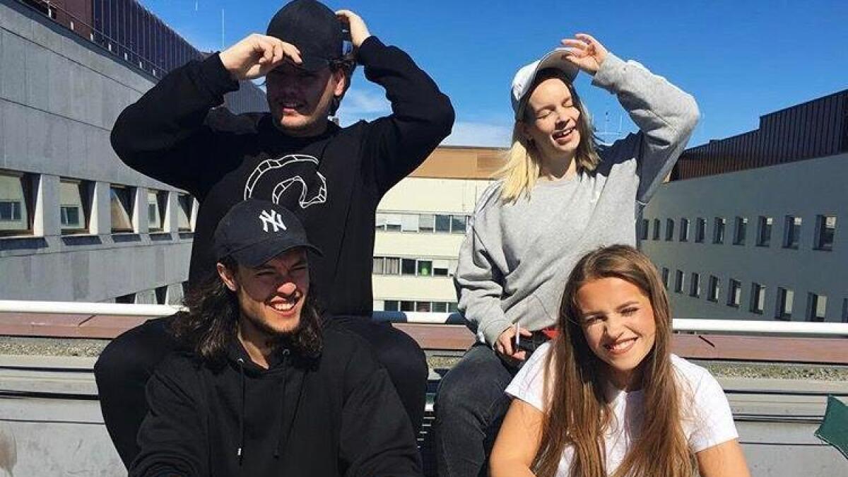Hilde Skaar saman med Lars og Benjamin i Future Duper og programleiar Christine Dancke.