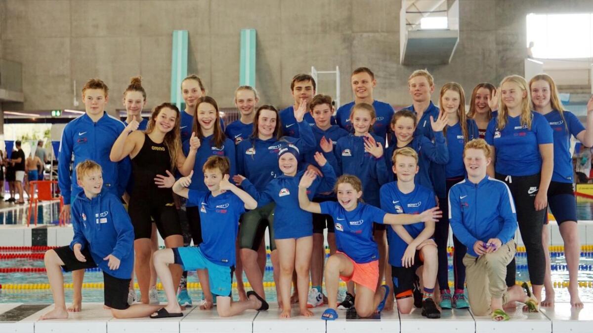 22 svømmere fra Sortland deltok i Tromsø Open sist helg. (Alle