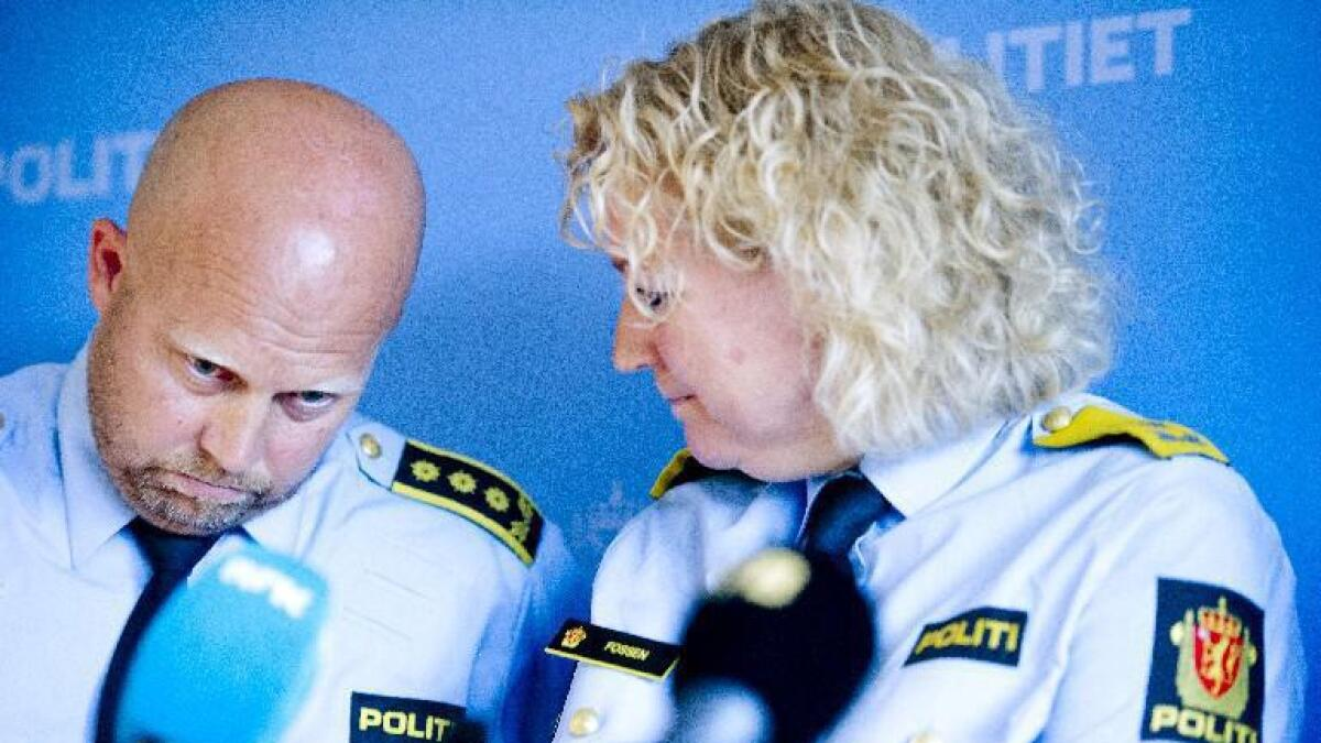 Påtaleansvarlig Kjell Johan Abrahamsen og politimester Christine Fossen i Sør-Øst politidistrikt. de må kunne og spare penger i år og kommende år.