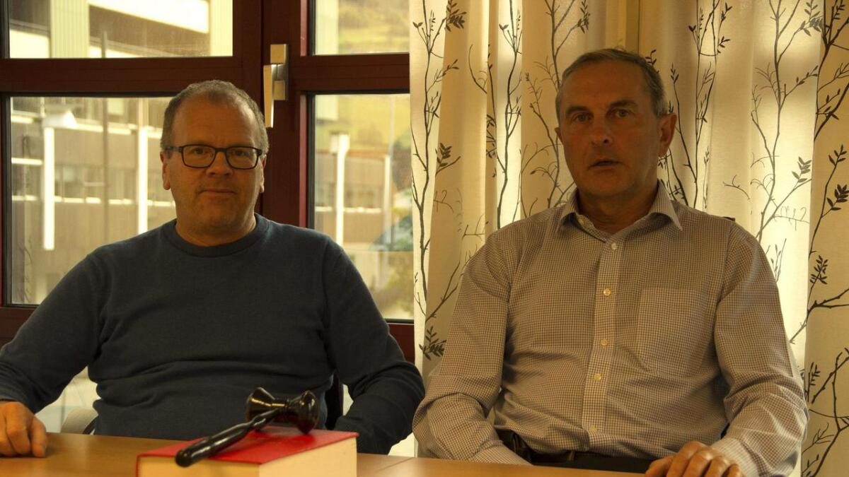 Sigbjørn Hauge og Thorbjørn Svane er tilsette ved jordskifteretten som kan forsvinna frå Voss.