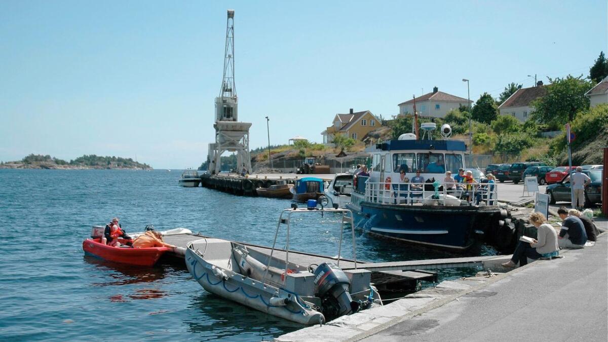 Ordfører Arne Thomassen mener Marina-flyttingen bør utsettes til neste år for å sikre en god prosess og politisk involvering.