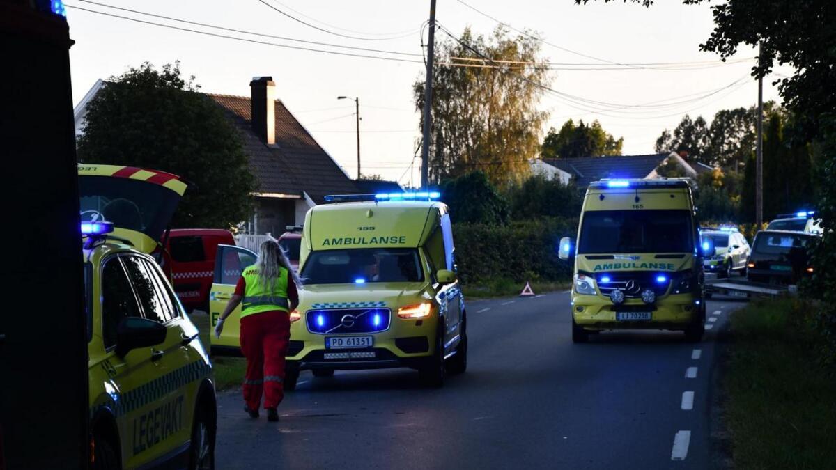 Det var to personer i midten av 20-årene fra Grimstad-distriktet som var involvert i motorsykkelulykken onsdag kveld.