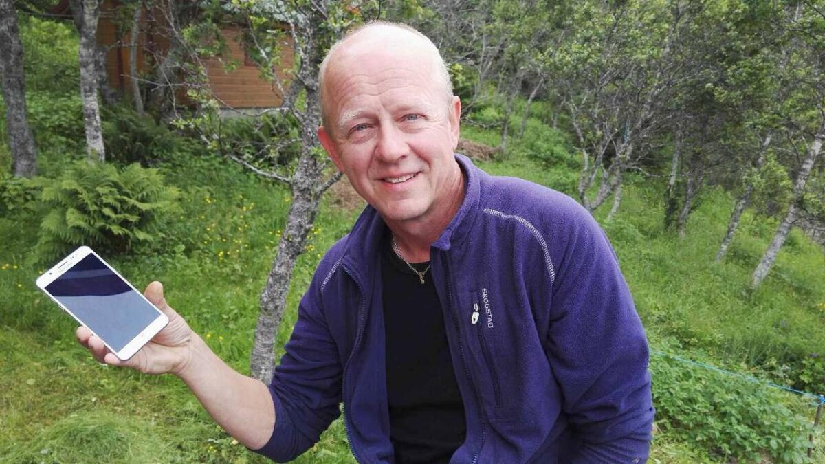 Jonas Ellingsen fra Melbu er blant initiativtagerne til et folkemøte om utskiftningen til nye såkalte smarte strømmålere 22. august.