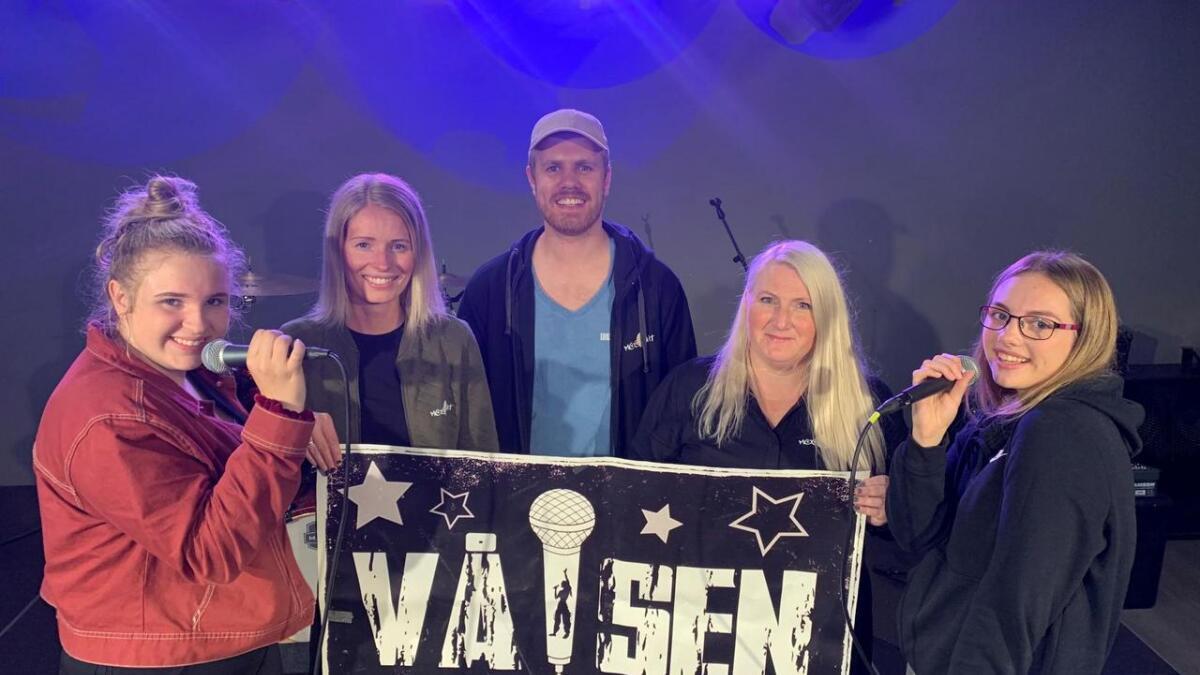 Fra VenstreTuva Helleren, Anja S Førde, Anders Risan, Margareth Holberg og Elina S Andersen.