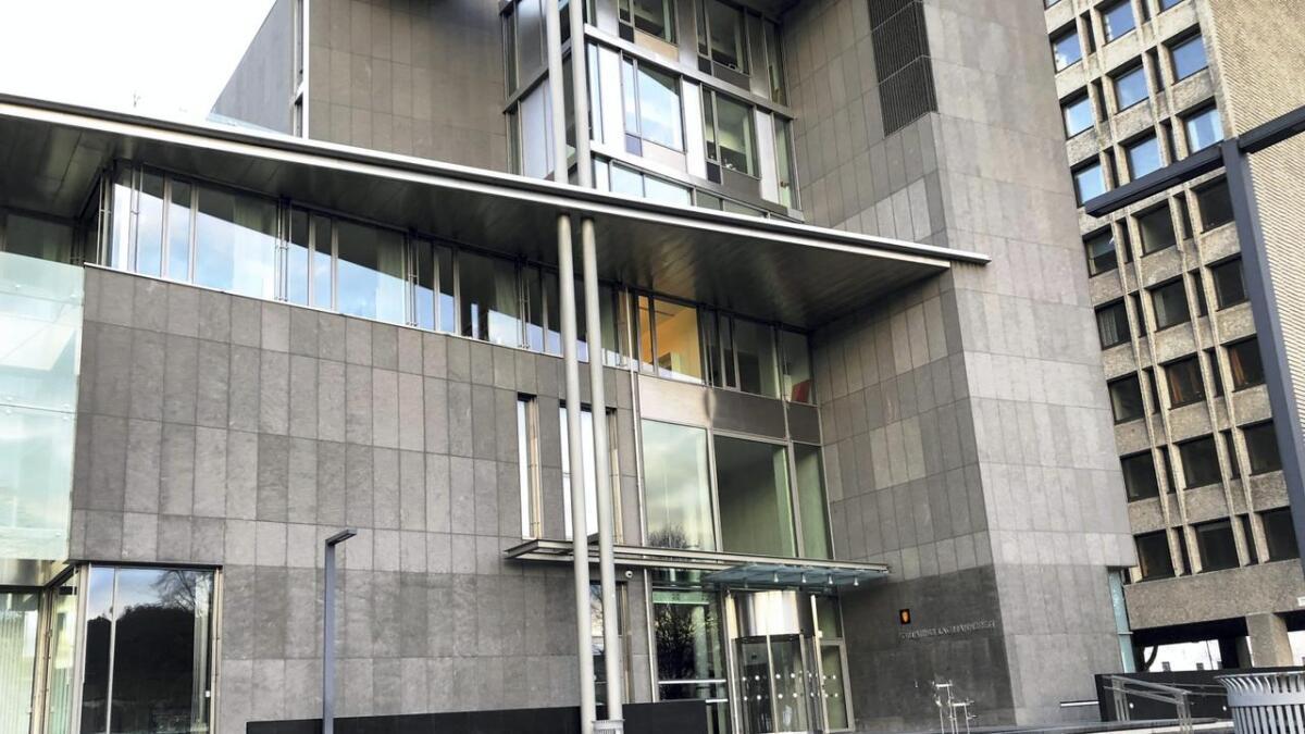 – Etter alle solemerke er kommisjonen sitt forslag ikkje den einaste saliggjerande vegen til ein betre og meir effektiv domstolsstruktur i denne delen av Gulating lagdømme, skriv Magni Elsheim.