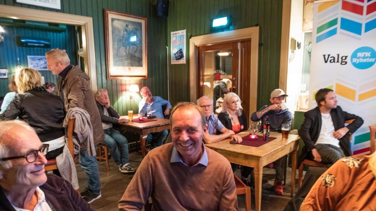 Senterpartiets Trond Ballestad hadde god grunn til å smile mandag kveld.