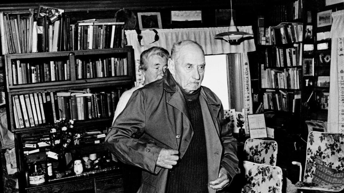 Henrik Brun og kona Loll på midten av 1980-talet. Brun døydde i 1990, 92 år gamal.