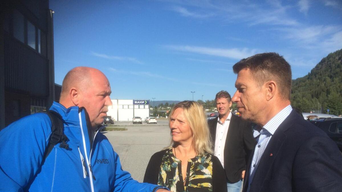 Borgar Løberg (t.v) , Marit Kasin daglig leder IDEA kompetanse, John Terje Veseth fra Notodden utvikling og Terje Lien Aasland.