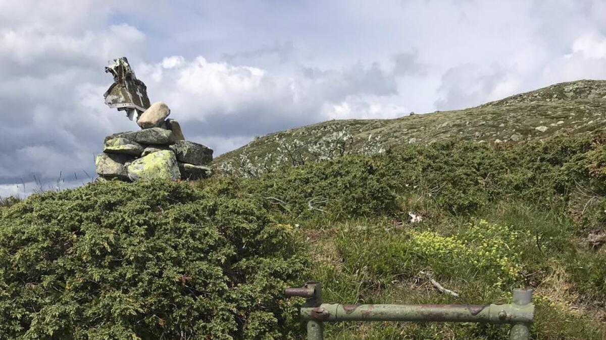 Flysetet Eigil Brynjulfsen satt i står igjen som et minnesmerke ved Borgsjåbrotet.