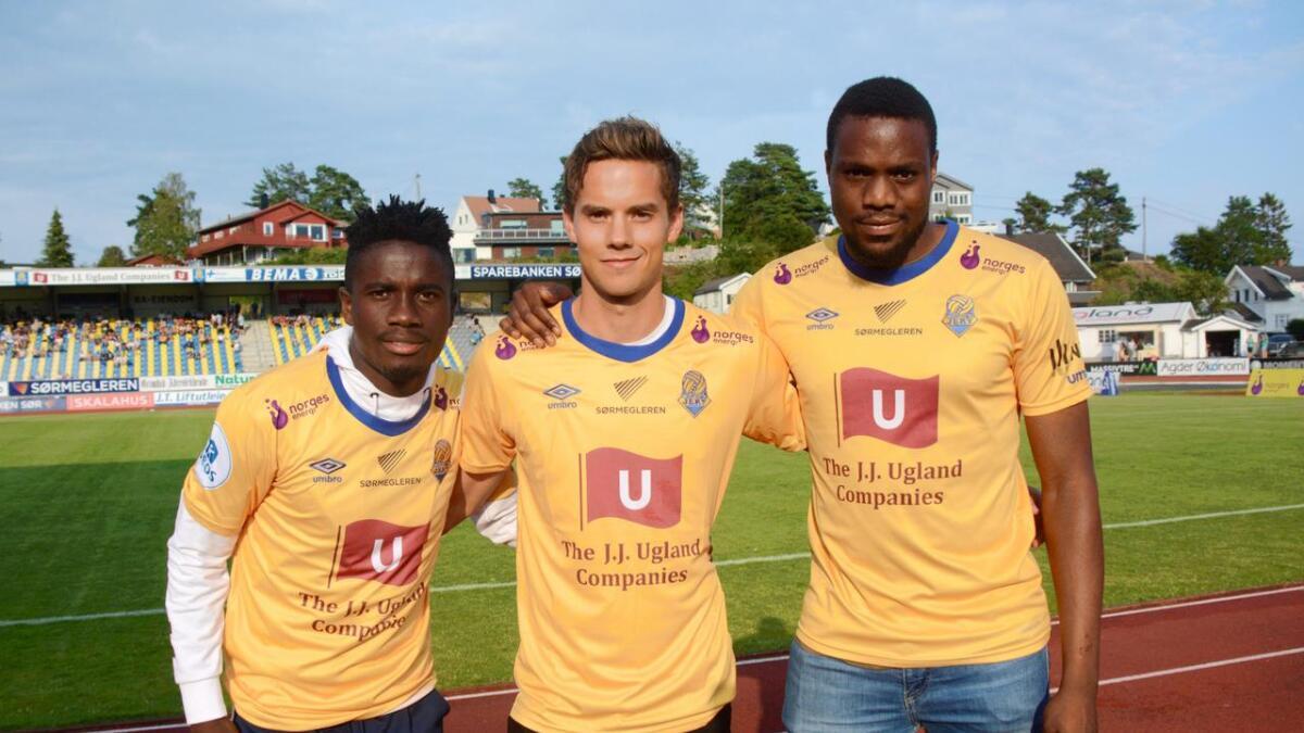 Michael Baidoo (t.v.), Bjørnar Hove og Chuma Anene har nå alle tre signert for Jerv og vil hjelpe dem videre i sesongen. Hove er kjøpt fra Stjørdals Blink, mens Baidoo og Anene er på utlån fra FC Midtjylland.