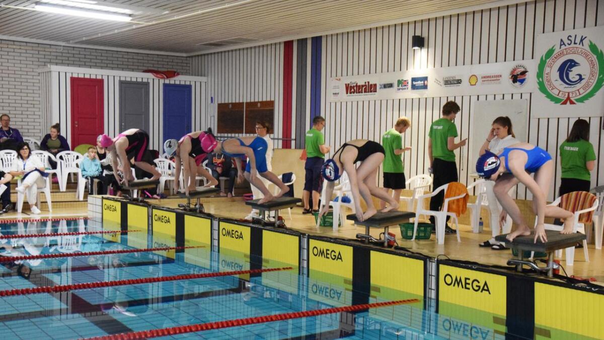 78 svømmere fra 11 lag deltok i Andøycupen i helga.