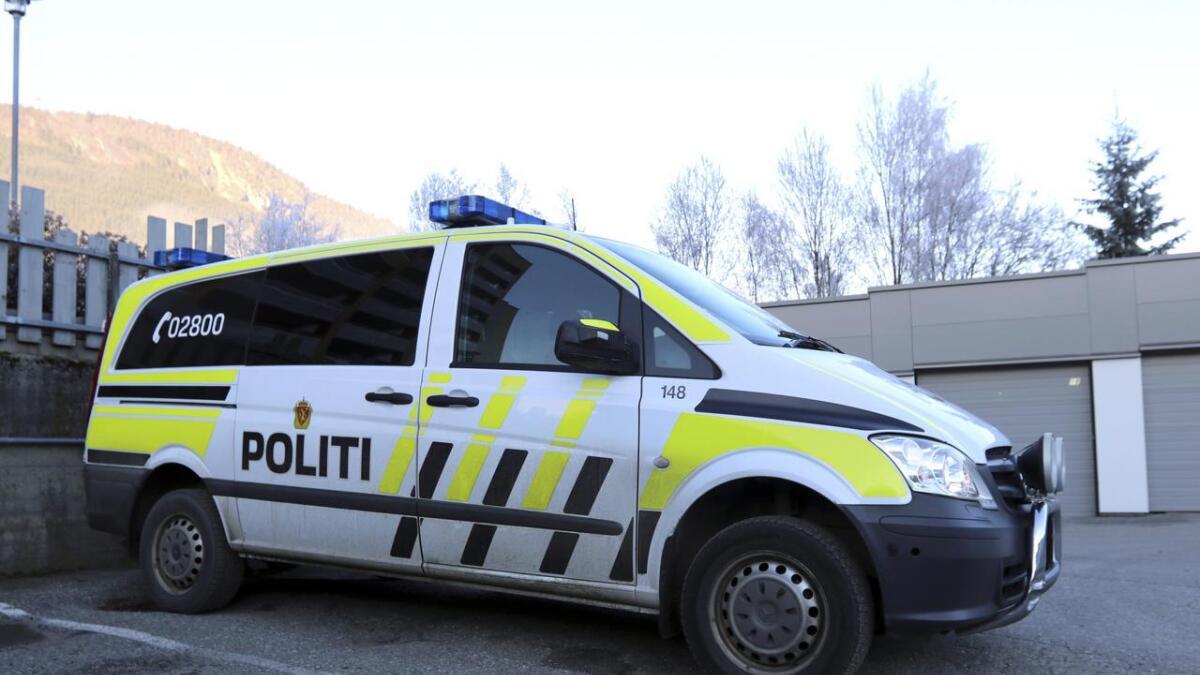 Ein person vart køyrd til Voss sjukehus etter ulukka.