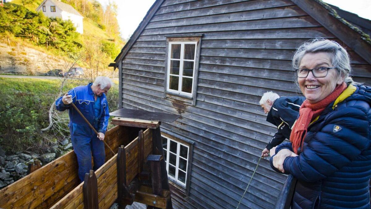 Torunn Hovland Ljone og alle andre som har medverka til at Skeie mylna er restaurert kan gle seg over fullført arbeid.