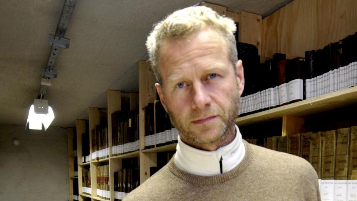 Tvedestrands-politiker Knut Aall er fortsatt suspendert fra Høyre.