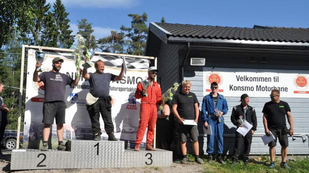 Ole Jørgen Bakkan i blått etter helgens løp på Konsmo.