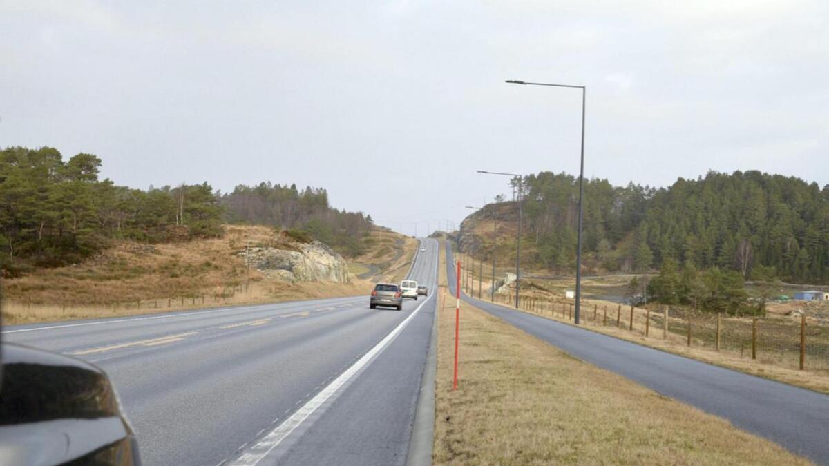 Drift og vedlikehald av veglysanlegg langs fylkesvegane på Bømlo kostar 430.000 kroner.