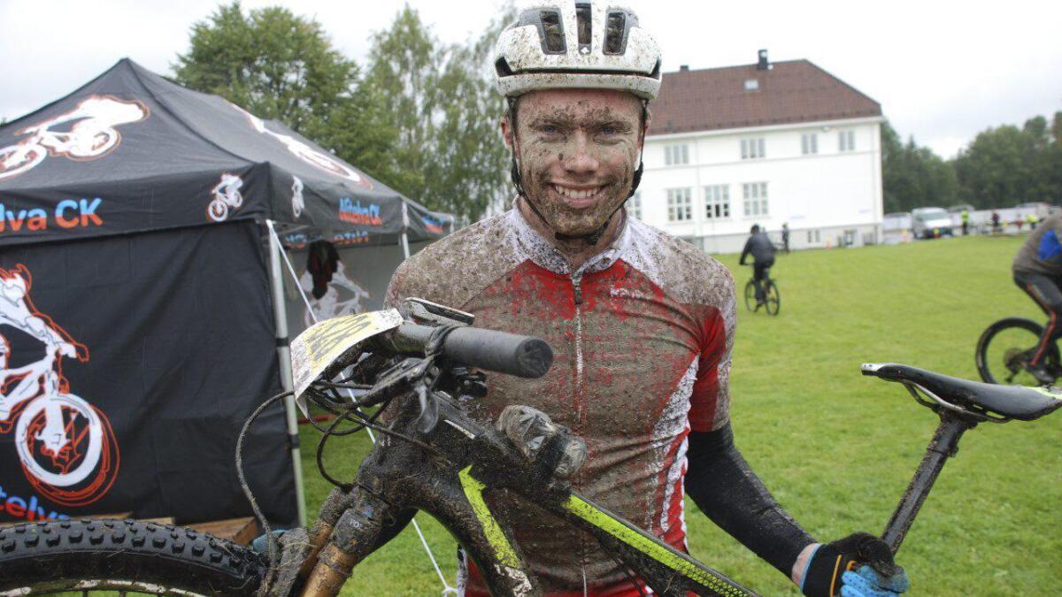 Jonas Amundsen fra Skogbygda var overlegen under årets Stomperudritt. Nå lader han opp til Birken.