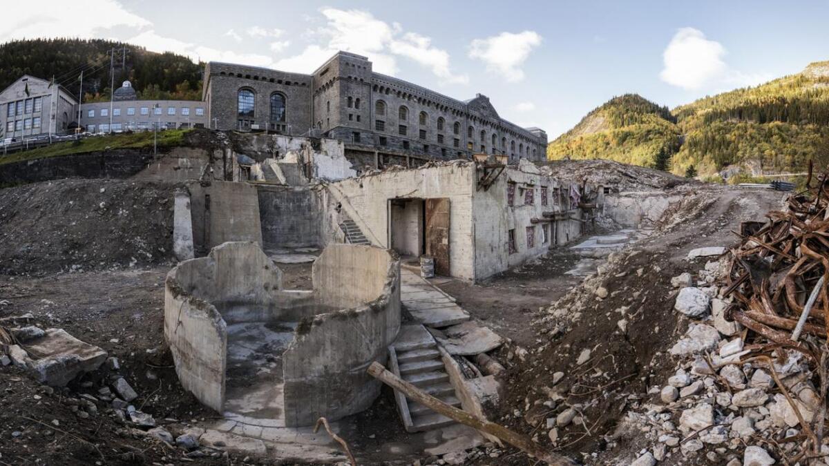 Norges første og Europas største industriarkeologiske utgraving er ferdig på Vemork. Resultatet har vært langt over alles forventning.  Hele tungtvannskjelleren er avdekket, sammen med mye av den «industrielle innmaten». Bilder fra september 2018.