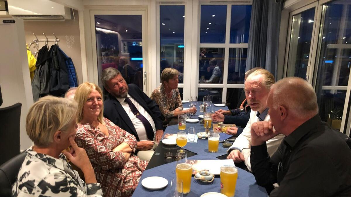 Frp deler valgvake med Høyre og Pensjonistpartiet.