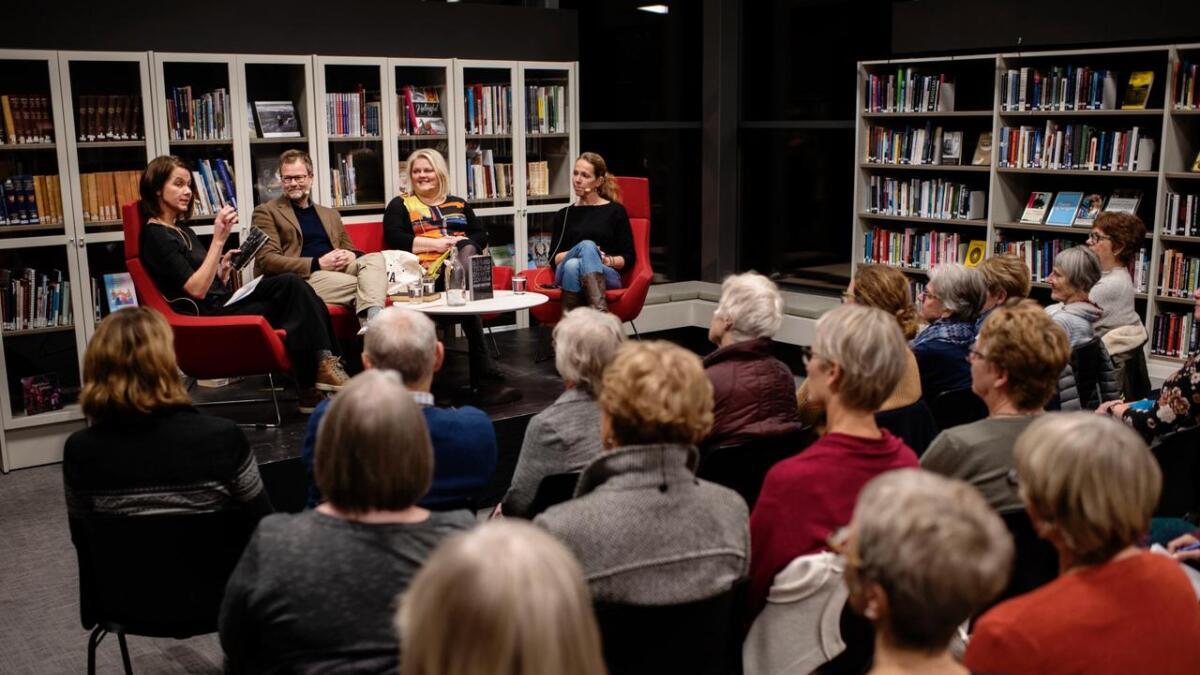 Det var ein interessant boksamtale ein kunne få med seg då Ål bibliotek starta sin nye lesekampanje. Bergljot Kaslegard leia samtalen med Sveinung Hansen, Solveig Vestenfor og Marit Sehl