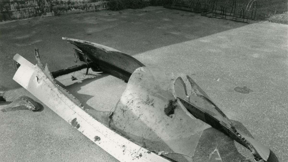 Var eit av dei viktigaste objekta i arbeidet med å finne ut av havariet. Ramma, og det som var att av glaset, vart skote vekk frå flyet nokre tidels sekund før flygaren vart skoten ut.