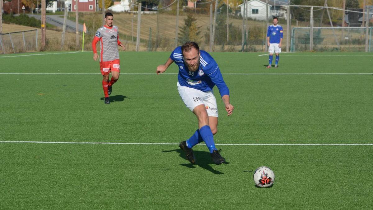 Lasse Holum Hansen satte inn R&Ås andre scoring mot Strømmen 2.