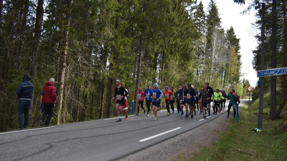 Halvmaraton samlet flest deltakere under årets utgave av Steinsland bygdemaraton.