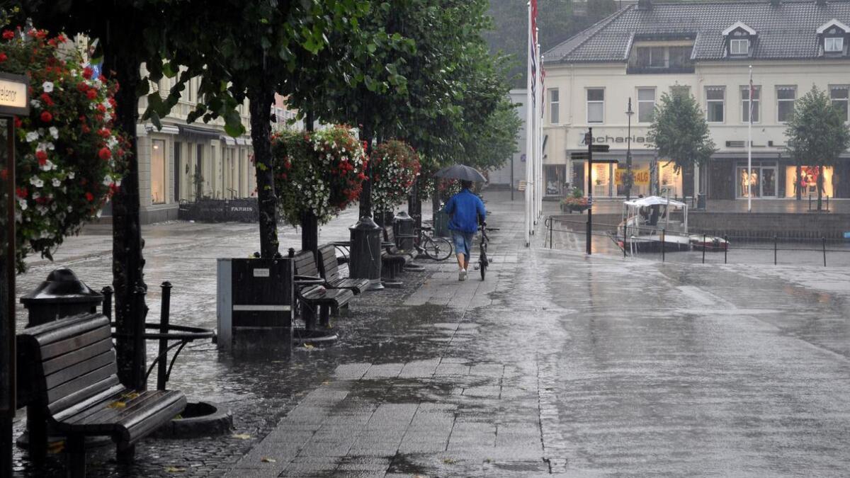 Meteorologene frykter store nedbørsmengder på kort tid til helgen.