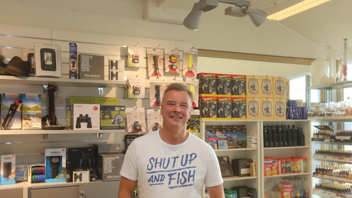 Frank Eirik Olsen har tatt over ansvaret for butikken Ute på Sortland Storsenter.