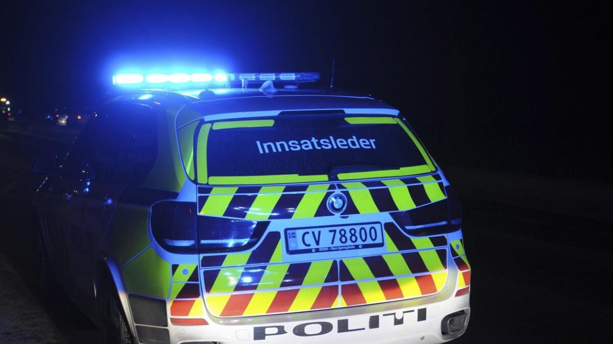 Politiet beslagla førerkortet til sjåføren av bilen som kjørte med sommerdekk.
