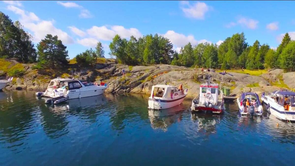 To lam ble tirsdag funnet drept i de naturskjønne omgivelsene på Klokkøya i Arendal.