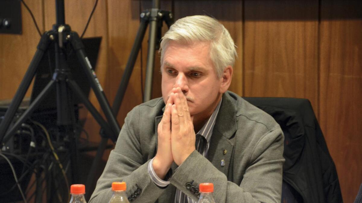 Arbeiderpartiets forhandlingsleder Jarle Christiansen synes det er merkelig at Senterpartiet ikke ønsket å bli en del av det rødgrønne alternativet.