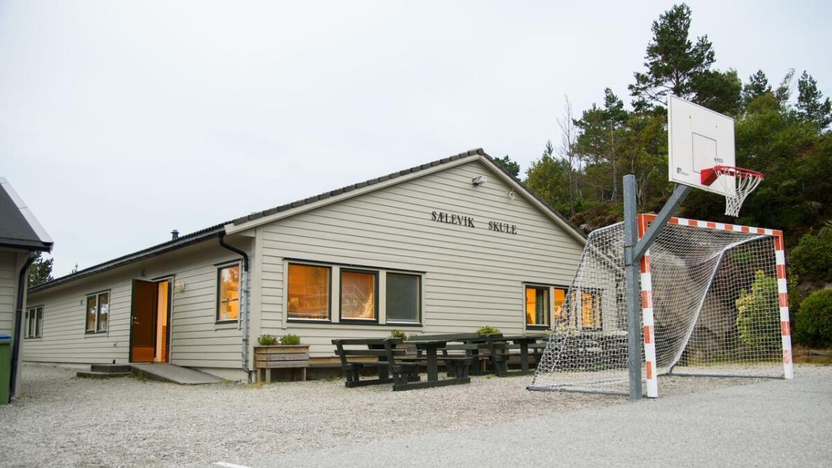 Sidan 2000 har Dåfjorden stått for 60 prosent av folketalsauken i Fitjar kommune. Her ser me Selevik skule.