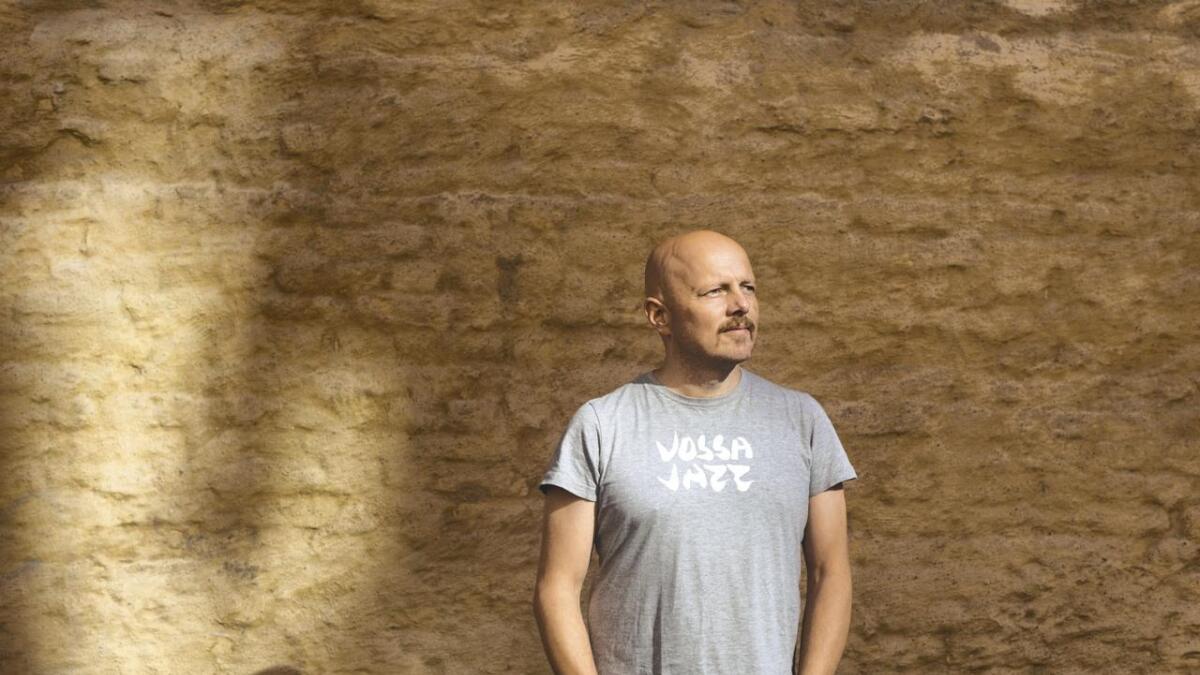 Ingebrigt Håker Flaten skriv ting tingingsverket til Vossa Jazz 2019.