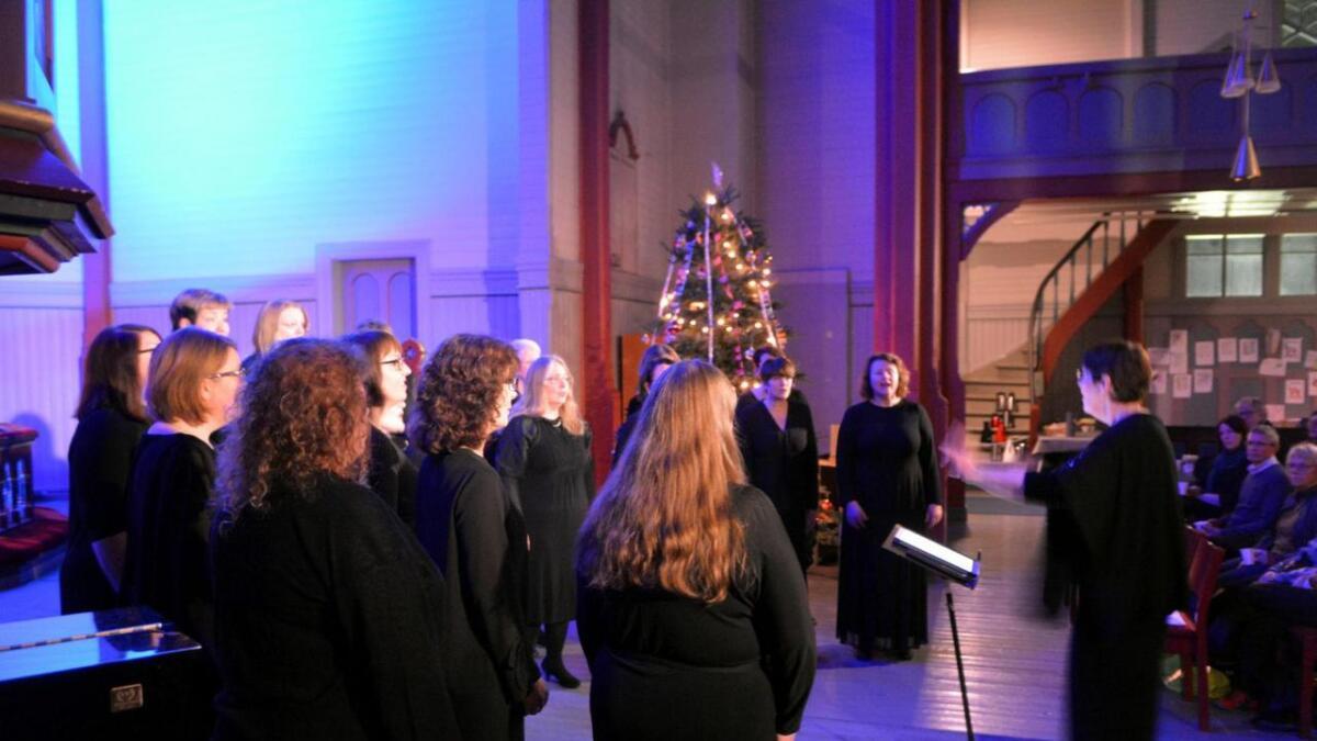 Kammerpikene leverte en varm og god morrakonsert i Sortland kirke.