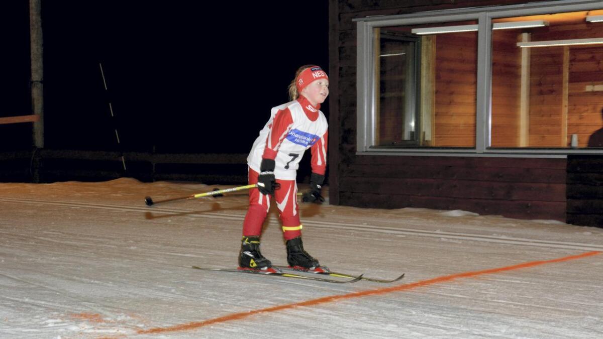 Sofie Noomi Skjolden over målstreken.
