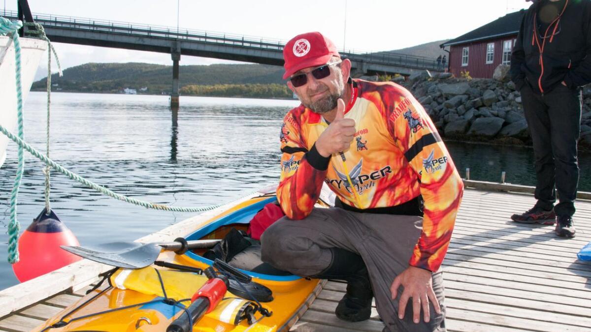 Adam Sieradzki fra Kongsvik er fornøyd med en åttendeplass, bak Bent Magne Karlsen – Som du ser har jeg en tung og stødig kajakk – ingen fartsbåt, forteller han.