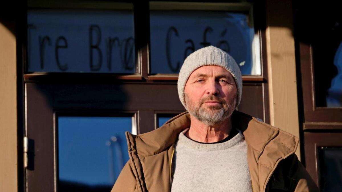 Bjørn Helge Brunborg presiserer at Tre Brør-konseptet lever vidare, sjølv om dei noverande leigetakarane har sagt opp. Og han meiner i innlegget at leigetakarane på Tre Brør har gunstige leikevilkår.