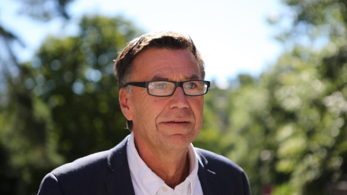 Jan Roger Olsen måtte gå fra jobben som sykehusdirektør for de tre sykehusene på Sørlandet. Nå er han enig med tidligere arbeidsgiver om sluttavtale.