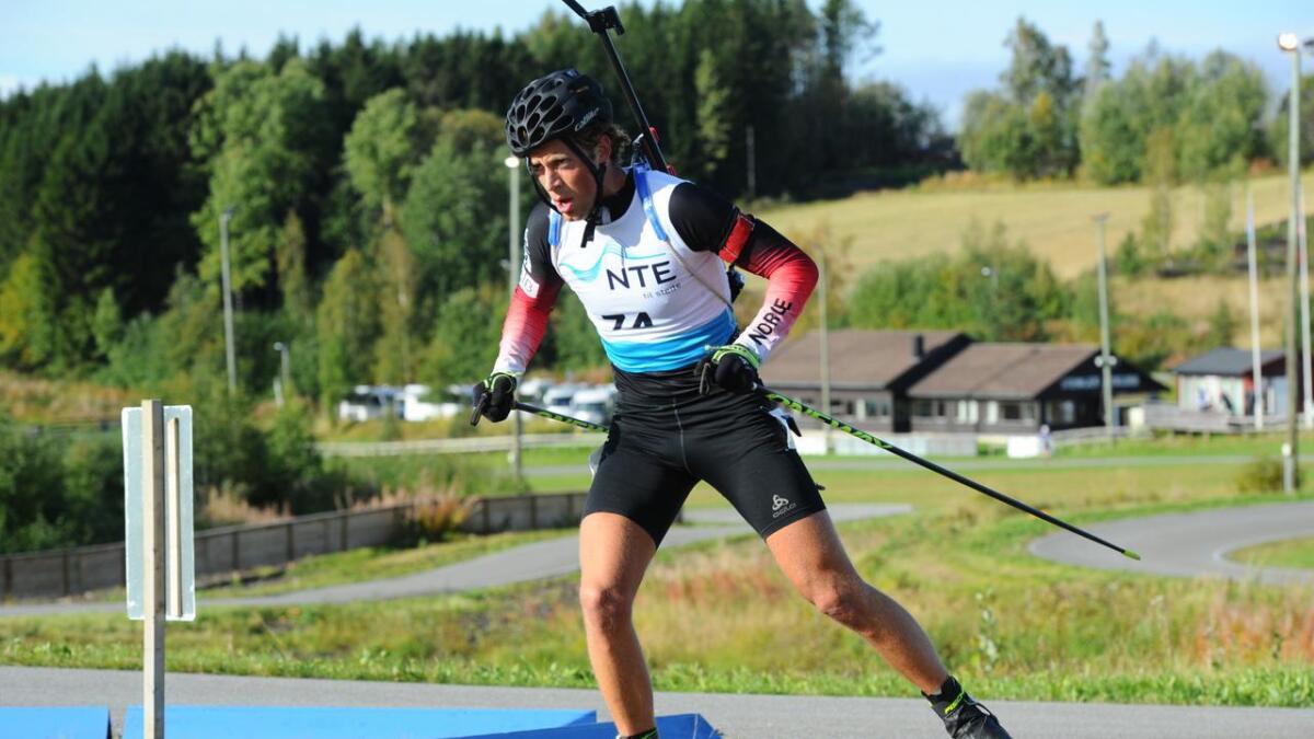 Lars Helge Birkeland gikk inn til NM-sølv på søndagens fellesstart i norgesmesterskapet i rulleskiskyting.