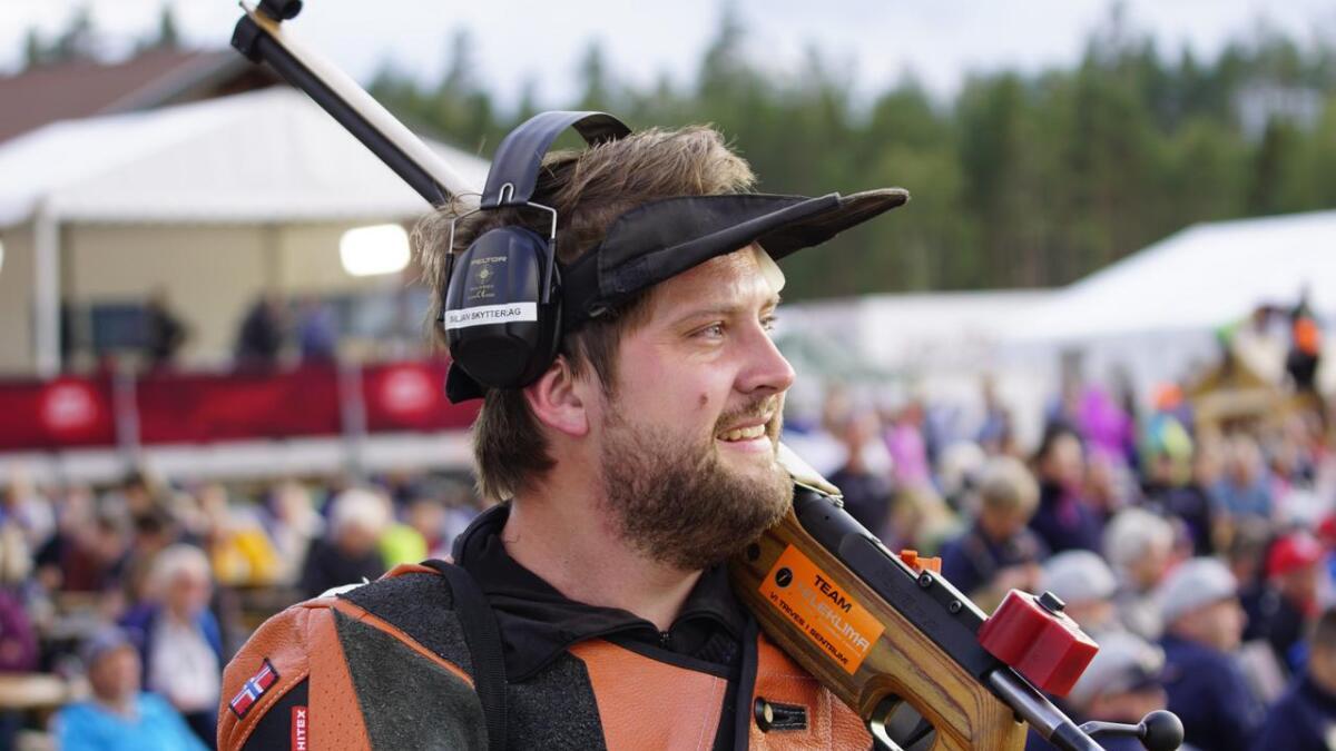 Håkon Tveitan fra Siljan ble beste skytter fra Telemark i klasse 5, kun slått av Taran Cecilie Bjørnsen resultat i klasse 4 mandag.